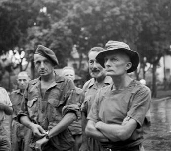 L'état-major français, fait prisonnier après la chute de Dien Bien Phu