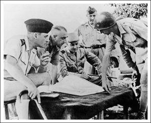 L'état-major français avant la chute de Dien Bien Phu...