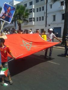 Pas de manif sans drapeau...